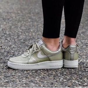 NEW Nike Air Force 1 07 Premium Neutral Olive
